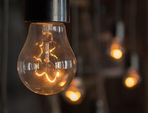 چرا بعضی چراغ ها چشمک میزنند؟